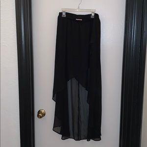 Xhilaration High-Low Black Skirt In Size Medium